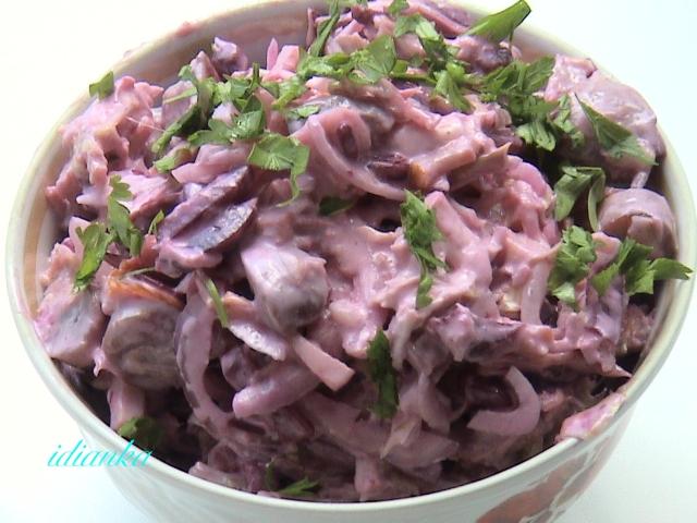 Салат из капусты и вареной колбасы рецепт