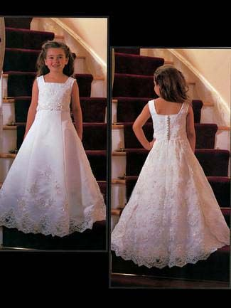 Плаття для першого причастя для свят