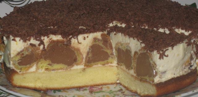торт вершковий з кусочками печива рецепт