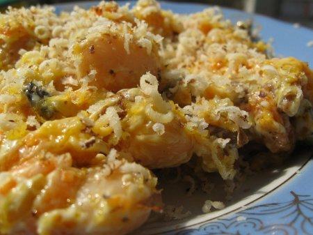 Салат з фасолі, грибів та горіхів