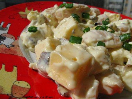 Салат з фасолі та грибів
